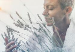 Woman_lavender